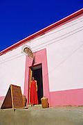 Mexico, Baja Peninsula, Todos Santos, storefront (model released)