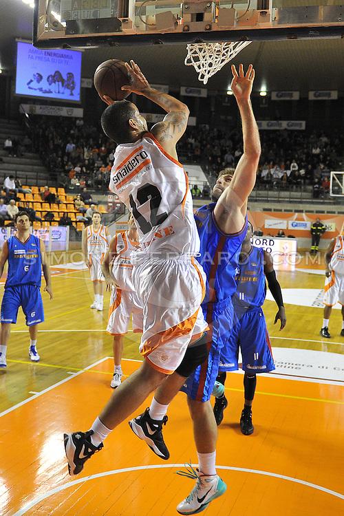 Udine, 19/12/2010..PalaCarnera. Campionato di Basket LegaDue 2010/11.  Regular Season. .Snaidero Udine vs Fastweb Casale Monferrato..Nella foto: Gerald Lee Jr..Foto di Simone Ferraro