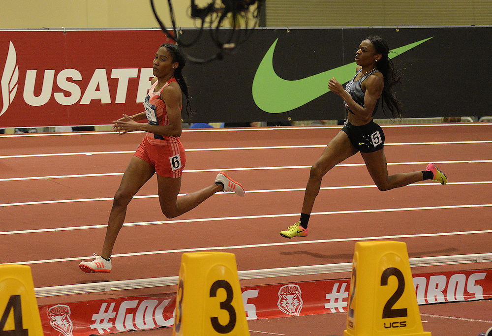 apl030517e/SPORTS/pierre-louis/030517/JOURNAL<br /> Ajee' Wilson,,left sprints ahead of Courtney Okolo,, to  win the Women 600 Meter Run  during the USA Indoor Track and Field Championships held at the Albuquerque Convention Center.Photographed  on Sunday March 5, 2017. .Adolphe Pierre-Louis/JOURNAL