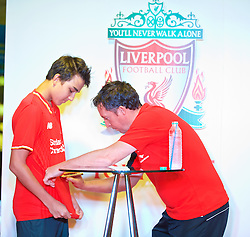 BANGKOK, THAILAND - Tuesday, July 14, 2015: Liverpool ambassador Robbie Fowler during a signing session at the CentralWorld shopping mall in Bangkok on day two of the club's preseason tour. (Pic by David Rawcliffe/Propaganda)