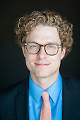 ACTOR & CORPORATE HEADSHOTS