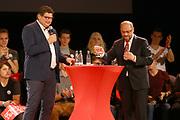 Mannheim. 19.09.17 | SPD-Kanzlerkandidat Martin Schulz im Capitol Mannheim.<br /> Im Wahlkampf zur Bundestagswahl unterstützt Kanzlerkandidat Martin Schulz Mannheims SPD Bundestagsabgeordneter Stefan Rebmann.<br /> <br /> <br /> BILD- ID 2386 |<br /> Bild: Markus Prosswitz 19SEP17 / masterpress (Bild ist honorarpflichtig - No Model Release!)