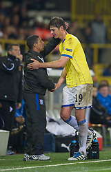 20.10.2011, Jan-Breydel Stadion, Bruegge, BEL, UEFA EL, Gruppe H, FC Bruegge (BEL) vs Birmingham City (ENG), im Bild  Birmingham City's Nikola Zigic is substituted by manager Chris Hughton against Club Brugge during the UEFA Europa League Group H match at the Jan Breydelstadion.  // during UEFA Europa League group H match between FC Bruegge (BEL) vs Birmingham City (ENG), at Jan-Breydel Stadium, Brugge, Belgium on 20/10/2011. EXPA Pictures © 2011, PhotoCredit: EXPA/ Propaganda Photo/ David Rawcliff +++++ ATTENTION - OUT OF ENGLAND/GBR+++++
