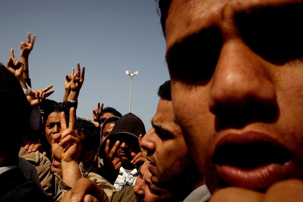 Benghazi, Libya, 01.03.11..Begravelse i Bengazi etter at en av de sårede fra kampene der døde etter opphold på sykehuset...Foto: Eivind H. Natvig