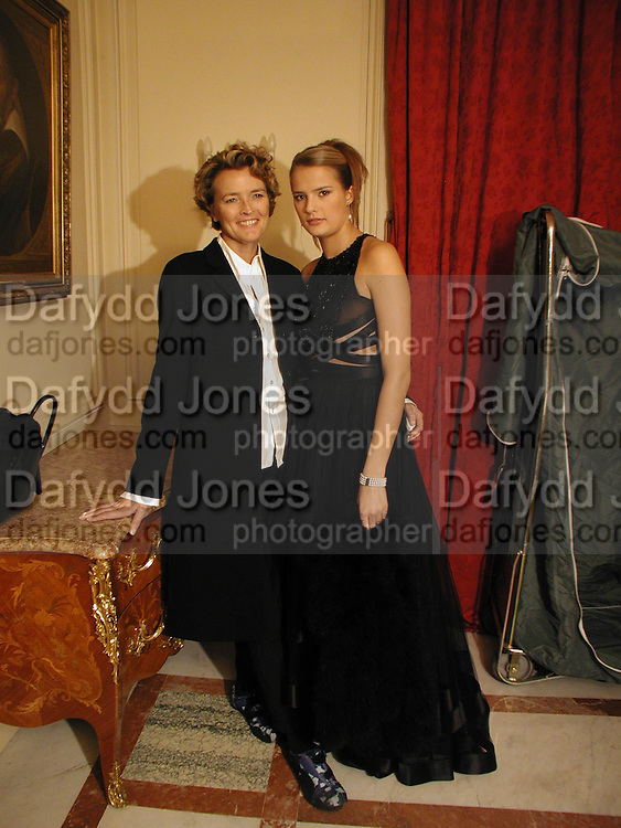 Lola toscani and  her mother Kirsti Toscani, Getting ready before the  Thirteenth Annual Crillon Haute Couture Ball. Paris,  29 November 2003. © Copyright Photograph by Dafydd Jones 66 Stockwell Park Rd. London SW9 0DA Tel 020 7733 0108 www.dafjones.com