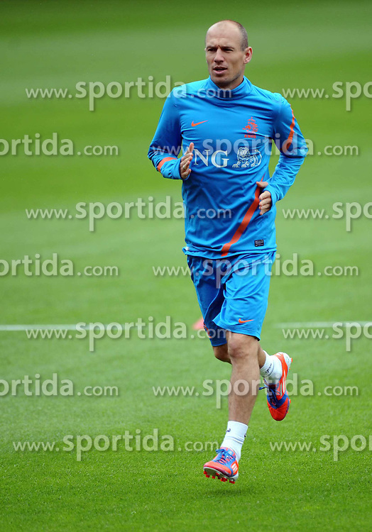 05.06.2012, Henryk Reyman Stadion, Krakau, POL, UEFA EURO 2012, Niederlande, Training, im Bild ARIEN ROBBEN // during EURO 2012 Trainingssession of Netherland Nationalteam, at the Henryk Reyman Stadium, Krakau, Poland on 2012/06/05. EXPA Pictures © 2012, PhotoCredit: EXPA/ Newspix/ Maciej Gillert     ATTENTION - for AUT, SLO, CRO, SRB, SUI and SWE only *****