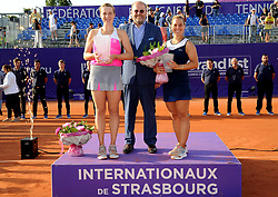 May 26, 2018 - France - Internationaux de tennis de Strasbourg - Anastasia Pavlyuchenkova Russie  Dominica Cibulkova Slovaquie Denis Naegelin Directeur des Internationaux de Strasbourg (Credit Image: © Panoramic via ZUMA Press)