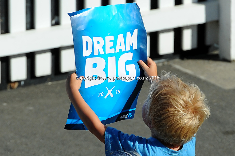 Young fan during Match 4 of the ANZ One Day International Cricket Series between New Zealand Black Caps and Sri Lanka at Saxton Oval, Nelson, New Zealand. Tuesday 20 January 2015. Copyright Photo: Chris Symes/www.Photosport.co.nz