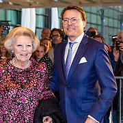 NLD/Tilburg//20170403 - Koningsdagconcert in Tilburg 2017, Prinses Beatrix en Prins  Constantijn