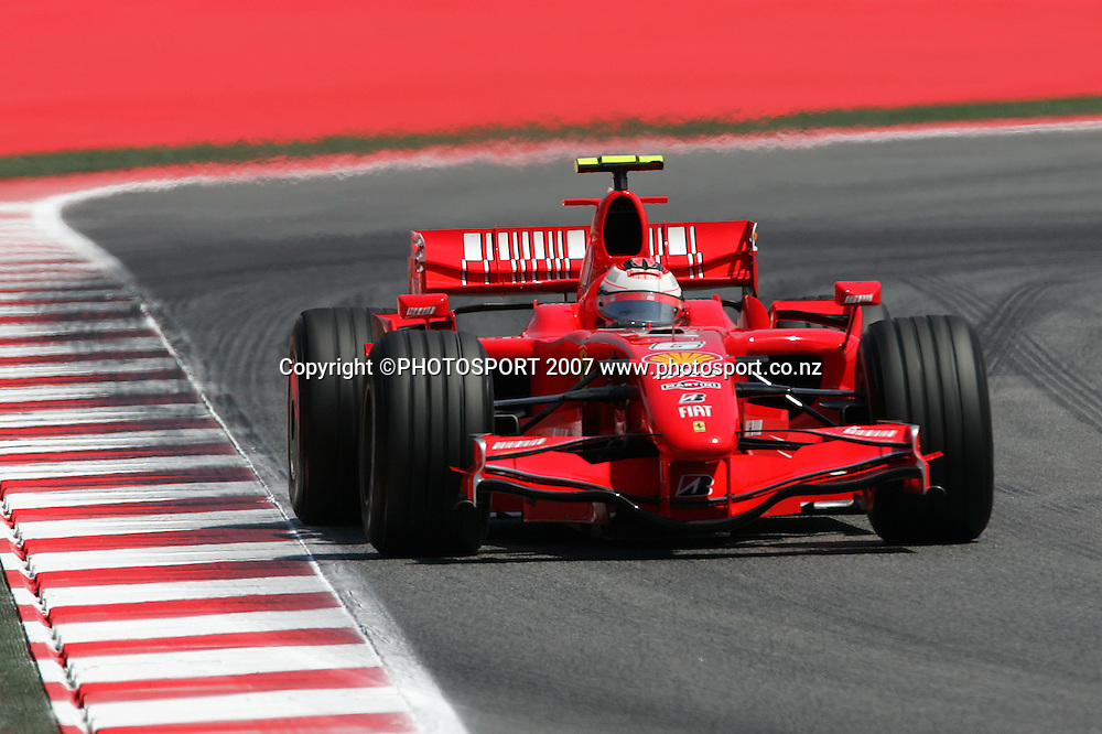 Ferrari's Kimi Raikkonen in action during the Spanish Grand Prix qualifying at Circuit de Catalunya, Barcelona, Spain on 12 May 2007. Photo: ATP/PHOTOSPORT  **NO AGENTS**<br />