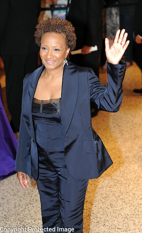 Wanda Sykes arrives for the White House Correspondents Dinner in Washington, DC