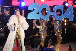 60880146<br /> Miley Cyrus performs live at the New Years Eve celebrations in Times Square, Tuesday, 31st December 2013. Picture by  imago / i-Images<br /> UK ONLY