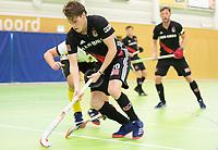 VIANEN - Tijn Lissone (Adam) . Zaalhockey Amsterdam-Victoria heren.  COPYRIGHT KOEN SUYK