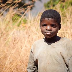 Retrato de um rapaz nos arredores do Waku Kungo, Kwanza Sul, Angola. 2007