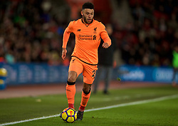 SOUTHAMPTON, ENGLAND - Sunday, February 11, 2018: Liverpool's Alex Oxlade-Chamberlain during the FA Premier League match between Southampton FC and Liverpool FC at St. Mary's Stadium. (Pic by David Rawcliffe/Propaganda)