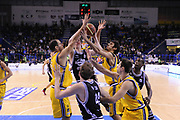 DESCRIZIONE : Porto San Giorgio Lega A 2013-14 Sutor Montegranaro Granarolo Bologna<br /> GIOCATORE : curiosita<br /> CATEGORIA : curiosita braccia mani<br /> SQUADRA : Granarolo Bologna<br /> EVENTO : Campionato Lega A 2013-2014<br /> GARA : Sutor Montegranaro Granarolo Bologna<br /> DATA : 16/02/2014<br /> SPORT : Pallacanestro <br /> AUTORE : Agenzia Ciamillo-Castoria/C.De Massis<br /> Galleria : Lega Basket A 2013-2014  <br /> Fotonotizia : Porto San Giorgio Lega A 2013-14 Sutor Montegranaro Granarolo Bologna<br /> Predefinita :