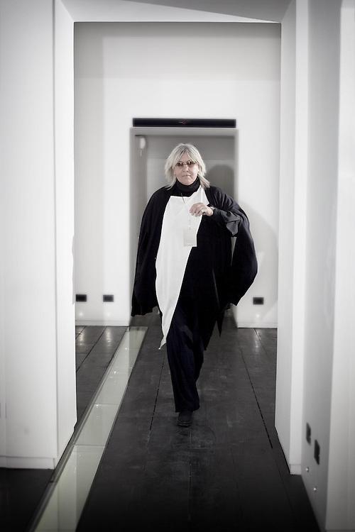Alda Fendi curatrice d'arte Alda Fendi curator