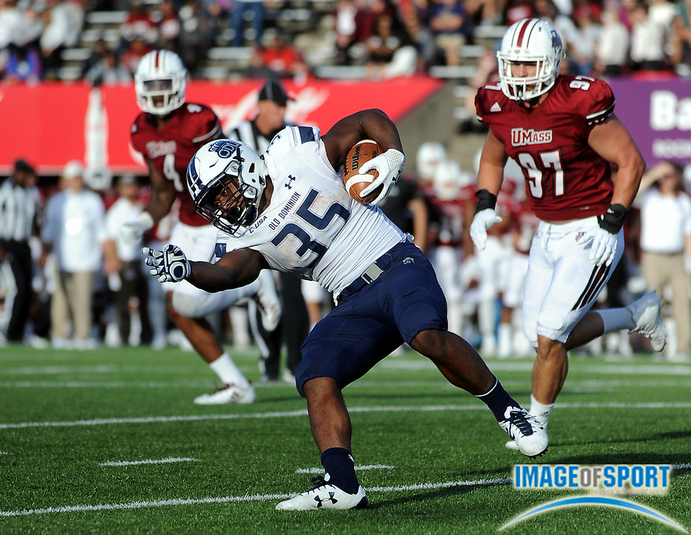 Sep 9, 2017; Amherst, MA, USA; Old Dominion running back Jeremy Cox (35) during a NCAA football game at McGuirk Alimni Stadium. The Old Dominion Monarchs defeated the University of Massachusetts Minutemen 17-7. Photo by Reuben Canales