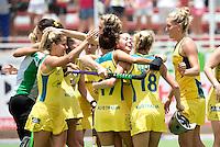 TUCUMAN  Argentinie -  Vreugde bij Australie na het winnen van de  kwartfinale wedstrijd in de finaleronde van de HWL, tussen de vrouwen van Duitsland en Australie. COPYRIGHT KOEN SUYK