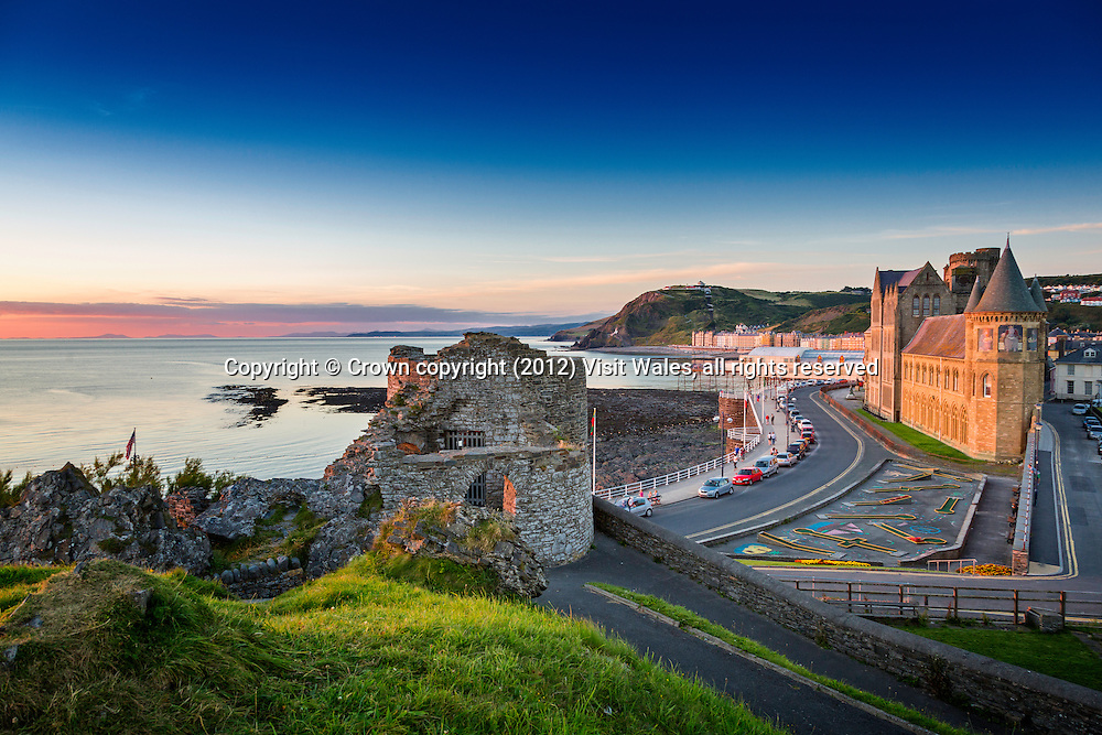 Old College and Promenade at sunset<br /> Aberystwyth<br /> Ceredigion<br /> Mid Wales - Coast<br /> Towns and Villages