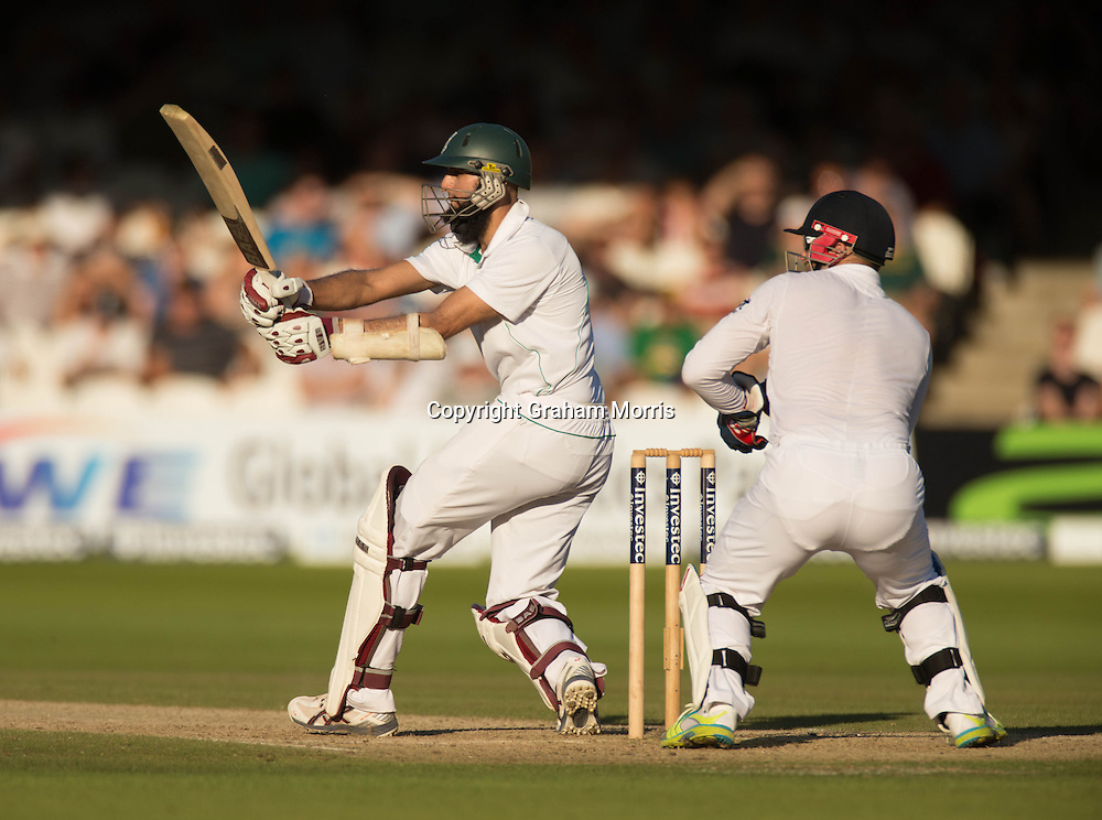 Hashim Amla pulls off the bowling of Graeme Swann during the third and final Investec Test Match between England and South Africa at Lord's Cricket Ground, London. Photo: Graham Morris (Tel: +44(0)20 8969 4192 Email: sales@cricketpix.com) 18/08/12