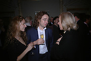 Elizabeth Sheinkman and Jamie Byng. Everyman's Centenary Party. The Fine Rooms. Royal Academy. London. 15 February 2006. dddONE TIME USE ONLY - DO NOT ARCHIVE  © Copyright Photograph by Dafydd Jones 66 Stockwell Park Rd. London SW9 0DA Tel 020 7733 0108 www.dafjones.com