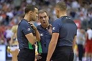 DESCRIZIONE : Berlino Berlin Eurobasket 2015 Group B Spain Serbia <br /> GIOCATORE :  Arbitri<br /> CATEGORIA :  Arbitri fair play<br /> SQUADRA : <br /> EVENTO : Eurobasket 2015 Group B <br /> GARA : Spain Serbia <br /> DATA : 05/09/2015 <br /> SPORT : Pallacanestro <br /> AUTORE : Agenzia Ciamillo-Castoria/I.Mancini<br /> Galleria : Eurobasket 2015 <br /> Fotonotizia : Berlino Berlin Eurobasket 2015 Group B Spain Serbia