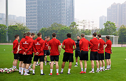 NANNING, CHINA - Saturday, March 24, 2018: Wales' new manager Ryan Giggs speaks to his players before a training session at the Guangxi Sports Centre ahead of the 2018 Gree China Cup International Football Championship final match against Uruguay. (Pic by David Rawcliffe/Propaganda)