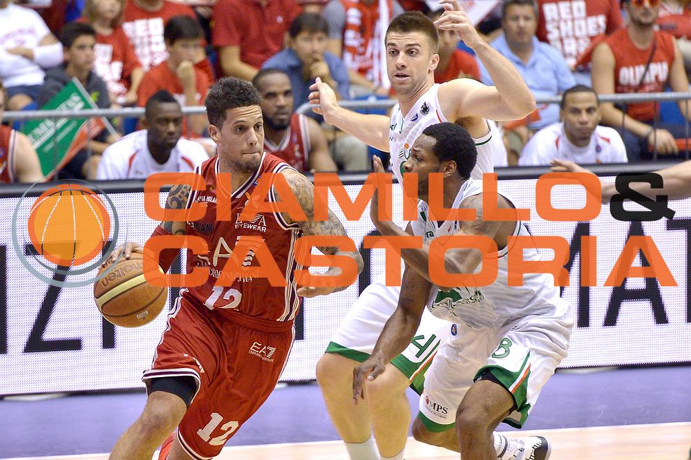 DESCRIZIONE : Milano Lega A 2013-14 EA7 Emporio Armani Milano vs Montepaschi Siena playoff Finale gara 7<br /> GIOCATORE : Daniel Hackett<br /> CATEGORIA : Palleggio<br /> SQUADRA : EA7 Emporio Armani Milano<br /> EVENTO : Finale gara 7 playoff<br /> GARA : EA7 Emporio Armani Milano vs Montepaschi Siena playoff Finale gara 7<br /> DATA : 27/06/2014<br /> SPORT : Pallacanestro <br /> AUTORE : Agenzia Ciamillo-Castoria/I.Mancini<br /> Galleria : Lega Basket A 2013-2014  <br /> Fotonotizia : Milano<br /> Lega A 2013-14 EA7 Emporio Armani Milano vs Montepaschi Siena playoff Finale gara 7<br /> Predefinita :