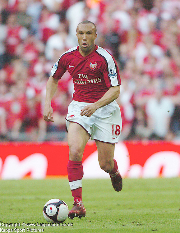 MIKAEL SILVESTRE ARSENAL,  Arsenal v Chelsea, FA Cup Semi Final, Wembley Stadium, Saturday 18th April 2009