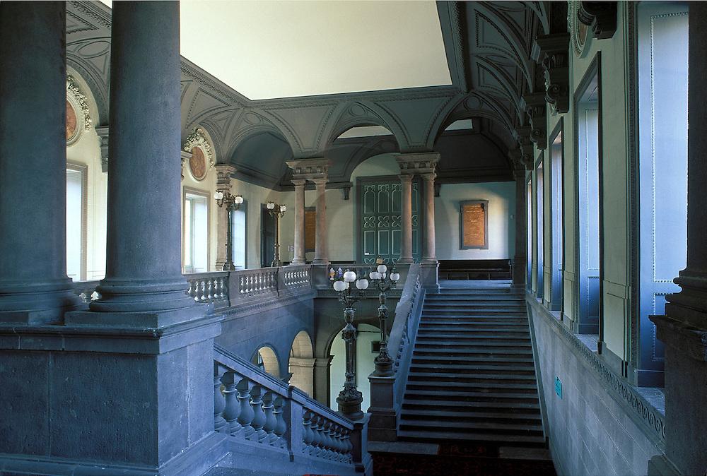 06/11/07 - RIOM - PUY DE DOME - FRANCE - Entree du Tribunal de Grande Instance de RIOM - Photo Jerome CHABANNE