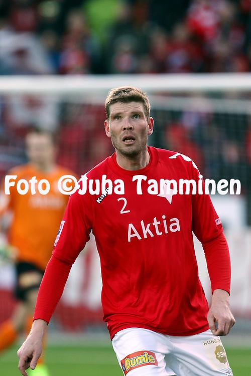 23.4.2015, Sonera Stadion, Helsinki.<br /> Veikkausliiga 2015.<br /> Helsingfors IFK - Helsingin Jalkapalloklubi.<br /> Tuomas Aho - HIFK