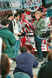 © under license to London News Pictures. .March 1998.Friends Filming London.Trinity Place, Tower of London. Where Richard Branson sold Joey the Union Jack hat.. Picture credit should read Grant Falvey/London News Pictures...