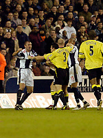 Photo: Leigh Quinnell.<br /> West Bromwich Albion v Manchester City. The Barclays Premiership. 10/12/2005. West Broms Ronnie Wallwork and Man Citys  Joey Barton have a fight.