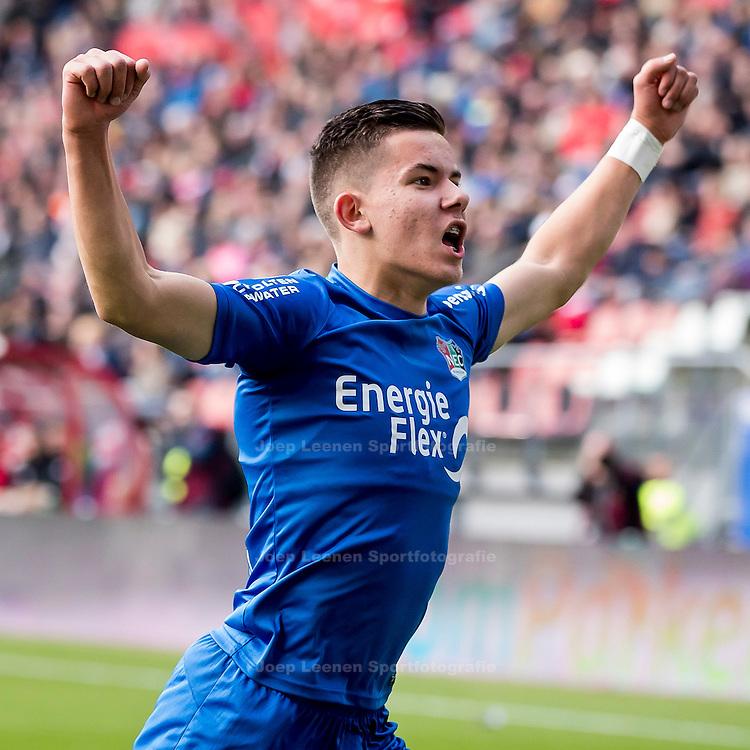 UTRECHT, FC Utrecht - NEC, voetbal, Eredivisie, seizoen 2016-2017, 30-10--2016, Stadion De Galgenwaard, NEC speler Ferdy Kadioglu heeft de 1-1 gescoord.