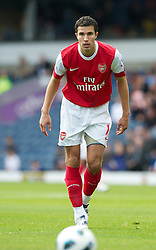 BLACKBURN, ENGLAND - Saturday, August 28, 2010: Arsenal's Robin Van Persie in action against Blackburn Rovers during the Premiership match at Ewood Park. (Pic by: David Rawcliffe/Propaganda)