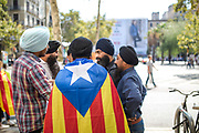 A group of hinduists, one of them using the estelada flag,  gather during the protest Editorial and Commercial Photographer based in Valencia, Spain |Portraits, Hospitality, News, Sports, Media Coverage for Events