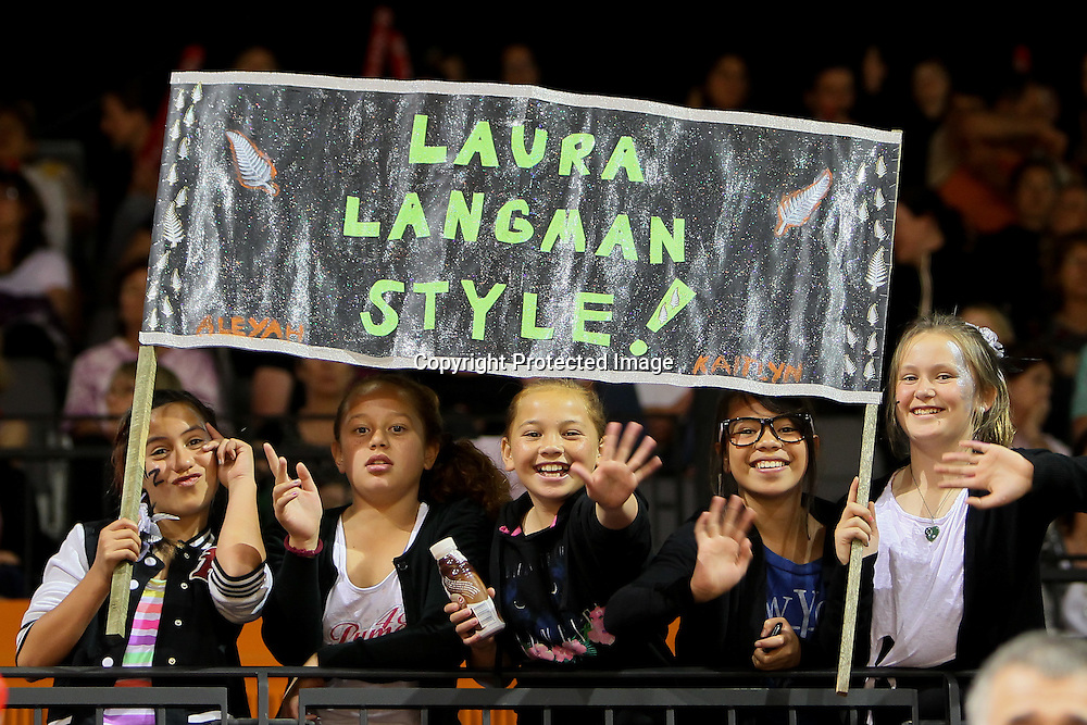 Laura Langman fans during the New World Quad Series - Silver Ferns v Australian Diamonds, 1 November 2012.  Photo:  Bruce Lim / www.photosport.co.nz