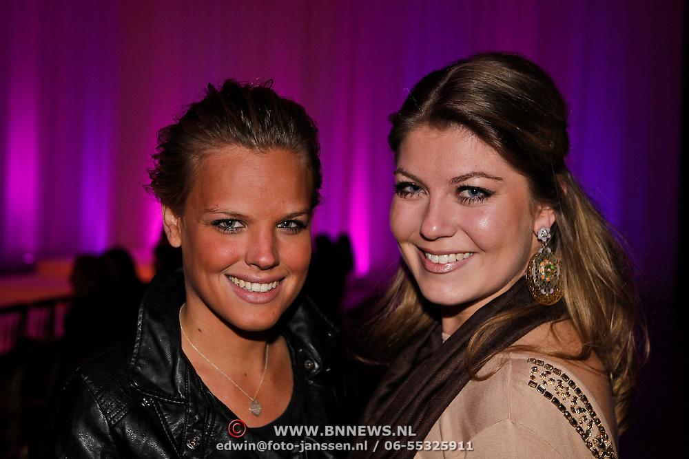 NLD/Amsterdam/20100301 - Modeshow Raak 2010, Gooise Meisjes, Pauline van Wingelaar