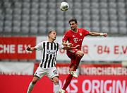 Javier Martinez #8 von FC Bayern Muenchen, #18 Nils Petersen von SC Freiburg During the Bayern Munich vs SC Freiburg Bundesliga match  at Allianz Arena, Munich, Germany on 20 June 2020.
