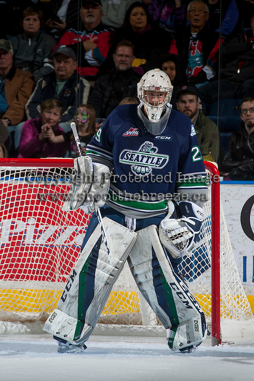 KELOWNA, CANADA - FEBRUARY 13: Matt Berlin #29 of the Seattle Thunderbirds defends the net against the Kelowna Rockets on February 13, 2017 at Prospera Place in Kelowna, British Columbia, Canada.  (Photo by Marissa Baecker/Shoot the Breeze)  *** Local Caption ***
