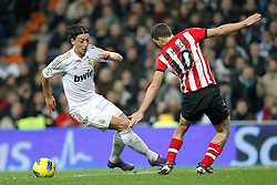 22.01.2012, Santiago Bernabeu Stadion, Madrid, ESP, Primera Division, Real Madrid vs Athletic Bilbao, 1. Spieltag, Nachtrag, im Bild Real Madrid's Mesut Ozil suffers penalty from Athletic de Bilbao's Oscar de Marcos Arana // during the football match of spanish 'primera divison' league, 1th round, supplement, between Real Madrid and Athletic Bilbao at Santiago Bernabeu stadium, Madrid, Spain on 2012/01/22. EXPA Pictures © 2012, PhotoCredit: EXPA/ Alterphotos/ Cesar Cebolla..***** ATTENTION - OUT OF ESP and SUI *****