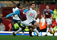 Photo: Tom Dulat/Sportsbeat Images.<br /> <br /> West Ham United v Tottenham Hotspur. The FA Barclays Premiership. 25/11/2007.<br /> <br /> Nolberto Solano of West Ham United and Steed Malbranque of Tottenham Hotspur with the ball.