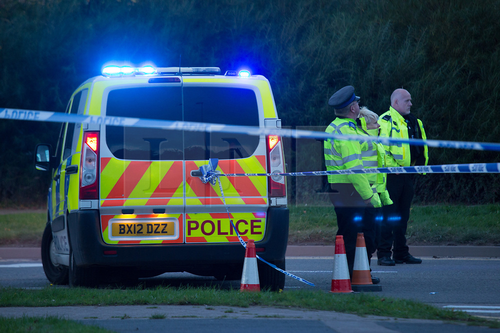 © Licensed to London News Pictures. 22/10/2016. Nuneaton, UK. The scene at evening time in the Bermuda Estate, Nuneaton where a gunman is believed to have held two people hostage. Photo credit: Dave Warren/LNP