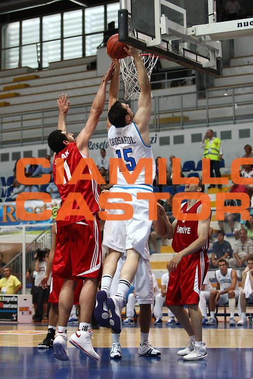 DESCRIZIONE : Pescara Giochi del Mediterraneo 2009 Mediterranean Games Turchia Italia Turkey Italy Final Men<br /> GIOCATORE : Andrea Crosariol<br /> SQUADRA : Italia Italy<br /> EVENTO : Pescara Giochi del Mediterraneo 2009<br /> GARA : Turchia Italia Turkey Italy <br /> DATA : 04/07/2009<br /> CATEGORIA : schiacciata<br /> SPORT : Pallacanestro<br /> AUTORE : Agenzia Ciamillo-Castoria/C.De Massis<br /> Galleria : Giochi del Mediterraneo 2009<br /> Fotonotizia : Pescara Giochi del Mediterraneo 2009 Mediterranean Games Turchia Italia Turkey Italy Final Men <br /> Predefinita :