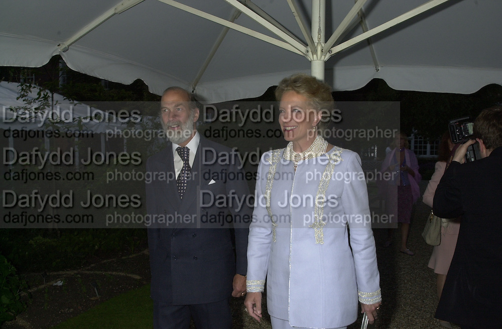 Prince and Princess Michael of Kent. Cartier party after the preview of the Chelsea Flower show. physic Garden. London 21 May 2001. © Copyright Photograph by Dafydd Jones 66 Stockwell Park Rd. London SW9 0DA Tel 020 7733 0108 www.dafjones.com