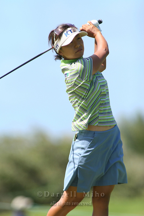 February 16, 2006 - Kahuku, HI - Mi Hyun Kim tees off during Round 1 of the LPGA SBS Open at Turtle Bay Resort...Photo: Darrell Miho