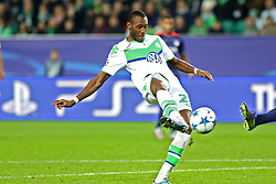 21.10.2015, Volkswagen Arena, Wolfsburg, GER, UEFA CL, VfL Wolfsburg vs PSV Eindhoven, Gruppe B, im Bild Josuha Guilavogui (#23, VfL Wolfsburg) // during UEFA Champions League group B match between VfL Wolfsburg and PSV Eindhoven at the Volkswagen Arena in Wolfsburg, Germany on 2015/10/21. EXPA Pictures © 2015, PhotoCredit: EXPA/ Eibner-Pressefoto/ Hundt<br /> <br /> *****ATTENTION - OUT of GER*****