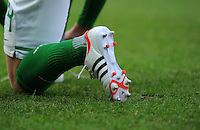 FUSSBALL   1. BUNDESLIGA   SAISON 2011/2012   24. SPIELTAG Hertha BSC Berlin - SV Werder Bremen                  03.03.2012 Symbolbild Schuh Adidas adiPure 11Pro TRX FG (von Markus Rosenberg)