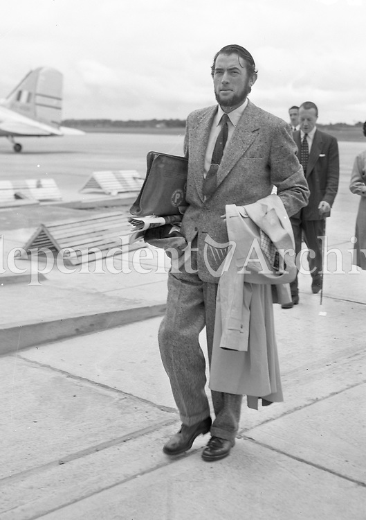 Gregory Peck 11/7/1954. (Part of the Independent Newspapers/NLI Collection)